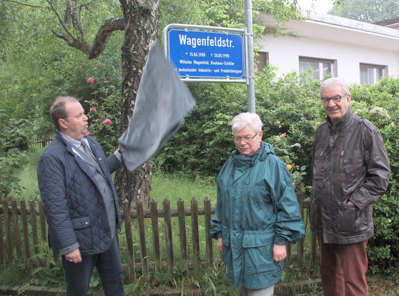 Wagenfeldstraße erhält Legendenschild