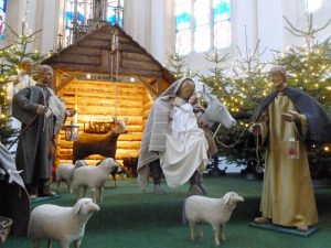 Eine Besichtigung der Krippe in der Franziskanerkirche ist am 11.01.18 möglich (Quelle: Fr. Stöcker)