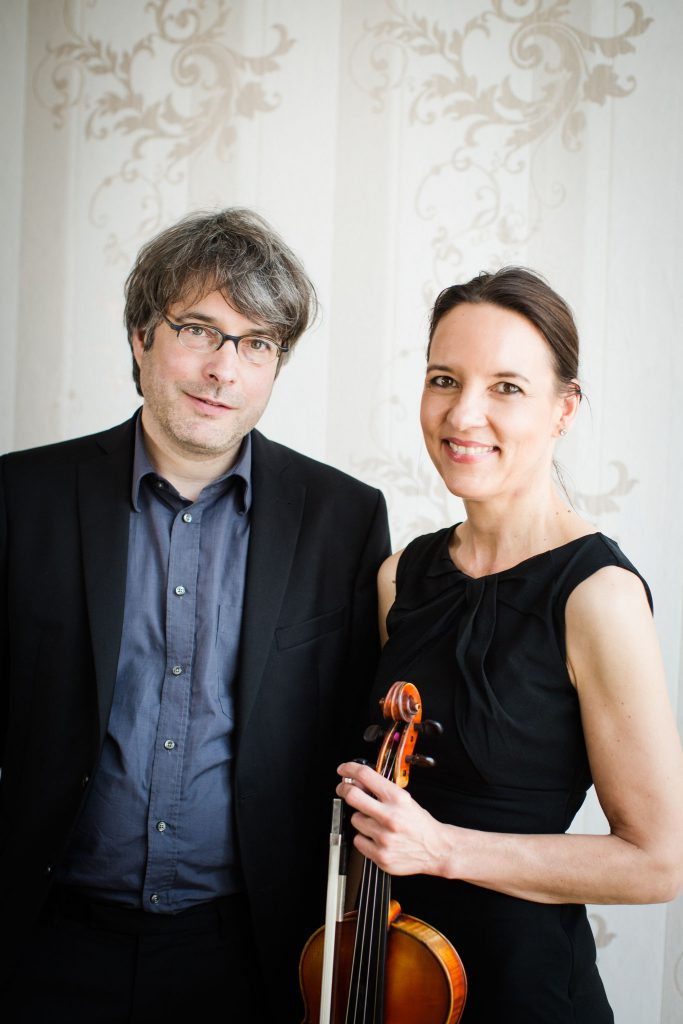 Friedemann Dipper und Godela Bozzetti sind im Kaffee- und Teekontor zu Gast (Foto: Tatjana Jentsch)