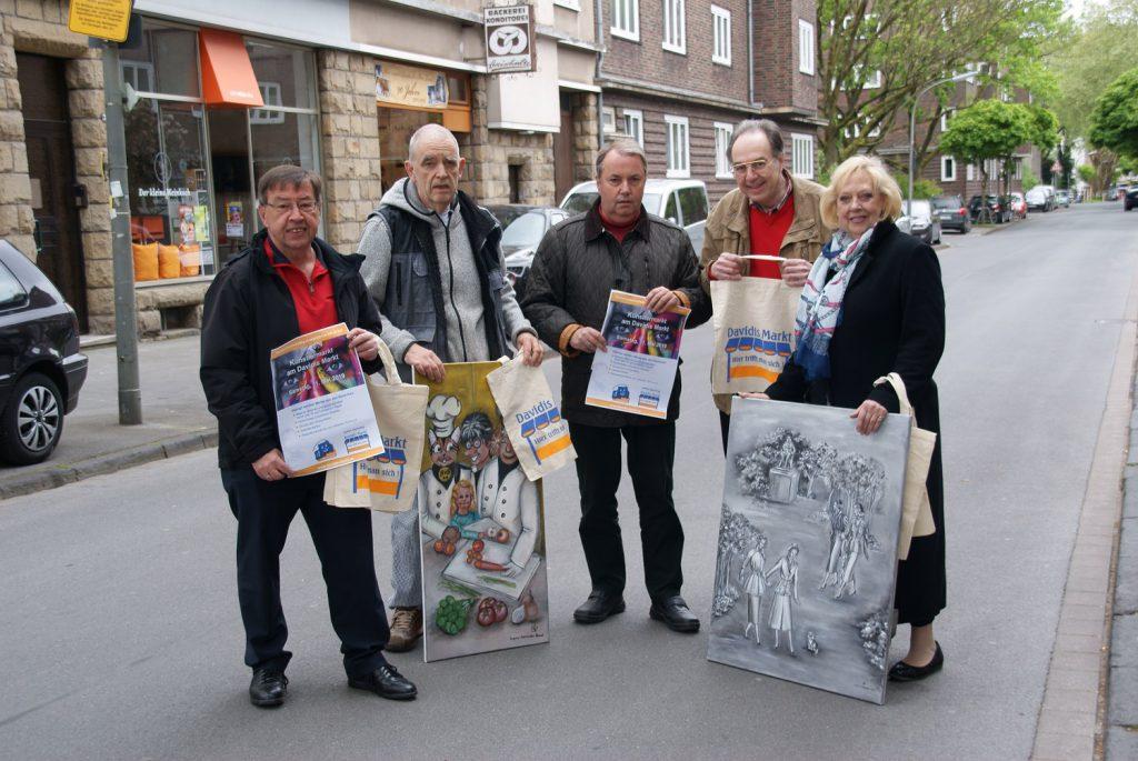 Die Organisatoren freuen sich auf den ersten Künstlermarkt am Davidis Markt, v.l.n.r. Heinz-Dieter Düdder, Thomas Dreischulte, Udo Dammer, Rüdiger Beck und Dagmar Schnecke-Bend. (Foto: Stadtbezirksmarketing)