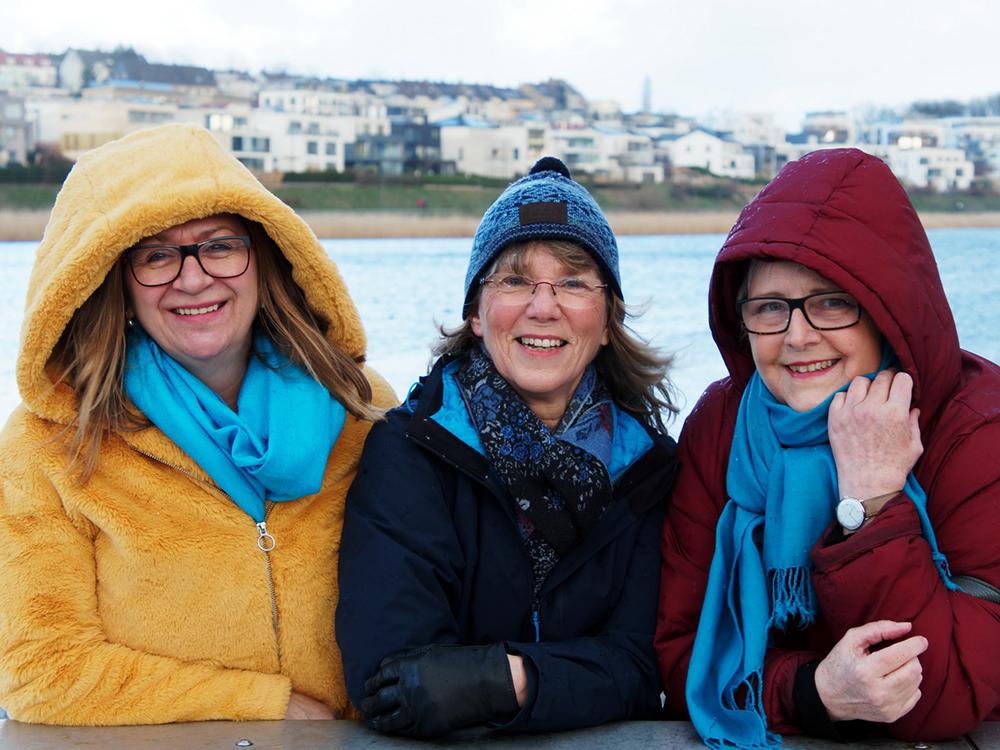 Die Autorinnen (v. l.) Heike Wulf, Karin Hübener und Ortrud Battenberg am Phoenix-See (Foto: Achim Hübener)